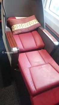 DSC_0058Business class seat新幹線ビジネスクラスシート.JPG