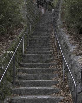 DSC_3675急な階段-2.jpg